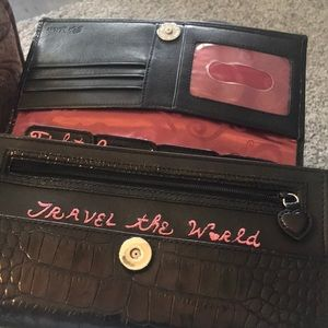 Brighton Travel Wallet